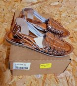 LEATHER COLLECTION LADIES LEATHER SANDALS - UK SIZE 4/BRONZE