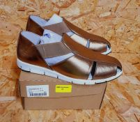 HEAVENLY SOLES LADIES LEATHER LEISURE SHOES - UK SIZE 5/BRONZE