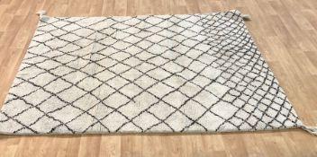 LA REDOUTE TEKOUMA BERBER-STYLE WOOL RUG / SIZE: 160 X 230cm
