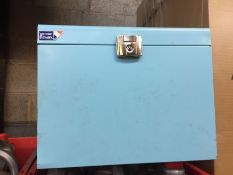 1 LOT TO CONTAIN A LOCKABLE BLUE METAL STORAGE BOX - L10