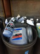ONE LOT TO CONTAIN 2 LARGE TUBS OF CLEANING CHEMICALS (BLUE STAR DE-ICER, DASH CLEANER AND MOTOR
