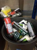 ONE LOT TO CONTAIN 2 LARGE TUBS OF CLEANING CHEMICALS (CAR SHAMPOO ANS DE-ICER) (UNTESTED CUSTOMER