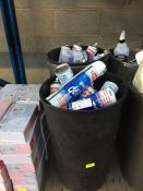 ONE LOT TO CONTAIN 2 LARGE TUBS OF CLEANING CHEMICALS (BLUE STAR DE-ICER, DW-40 AND CAR PLAN DEMON