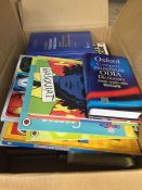 1 LOT TO CONTAIN AN ASSORTMENT OF HOMEWARE ITEMS, CONDITIONS VARY, ITEMS TO INCLUDE : BOOKS