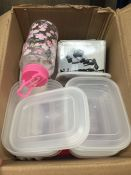 1 LOT TO CONTAIN AN ASSORTMENT OF HOMEWARE ITEMS, CONDITIONS VARY, ITEMS TO INCLUDE : TUPPERWARE,