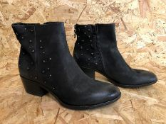 1 X PAIR OF MJUS DALLAS LEATHER ANKLE BOOTS WITH STUDS / SIZE: 6.5 UK / RRP £133.00 / GRADE A