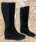1 X PAIR OF GEOX ANYLLA KNEE-HIGH BOOTS IN SUEDE / SIZE: 41 EU / RRP £170.00 / GRADE A