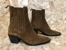 1 X PAIR OF JONAK BURMESE SUEDE ANKLE BOOTS / SIZE: 39 EU / RRP £170.00 / GRADE A