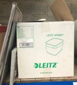 1 X LEITZ BOX AND OTHER ASSORTED OFFICE ITEMS