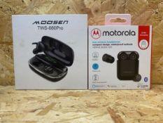 1 X MOTOROLA TRUE WIRELESS HEADPHONES / PLUS 1 X MOOSEN TWS-880PRO HEADPHONES / COMBINED RRP £48.98
