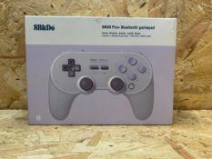 1 X 8BITDO PRO SN30 BLUETOOTH GAMEPAD / RRP £41.00