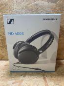1 X SENNHEISER HD 400S HEADPHONES / RRP £39.99