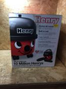1 X HENRY BLACK AND RED HOOVER / RRP £139.99