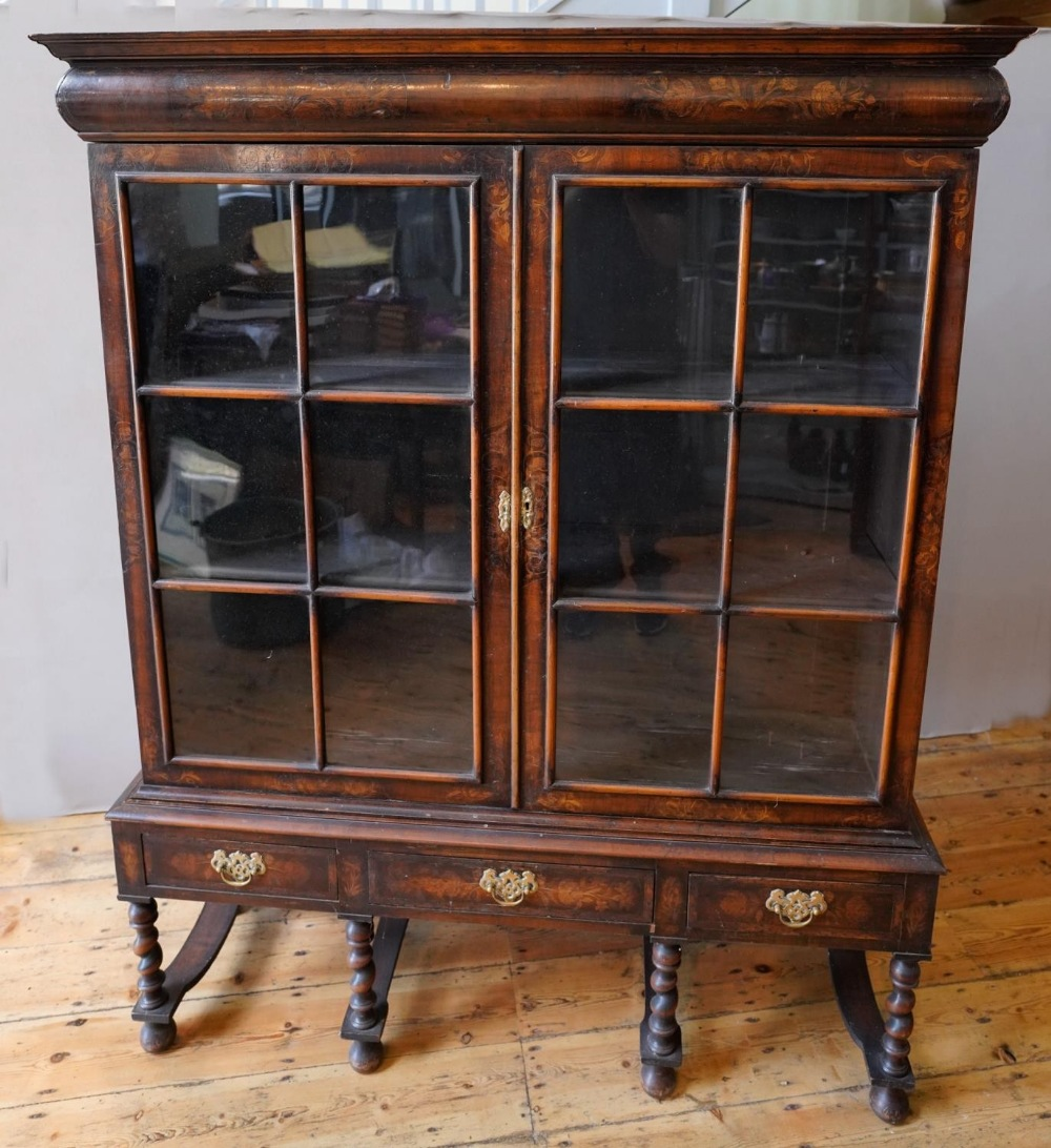 19th CENTURY CONTINENTAL FLORAL MARQUETRY 2-DOOR BOOKCASE ON STAND, bookcase fitted with shelves and