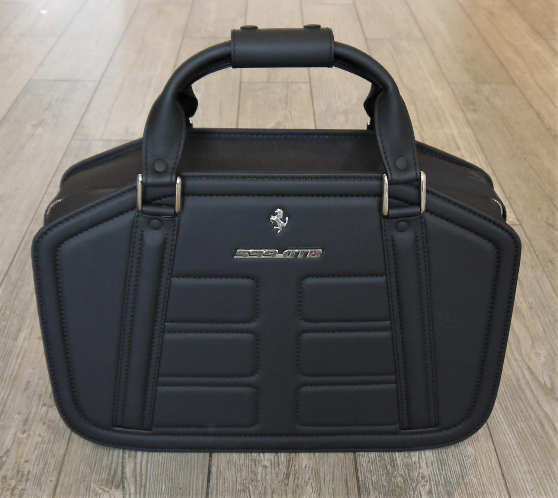FERRARI 599GTB LUGGAGE SET BY SCHEDONI a beautiful four piece luggage by Schedoni for the Ferrari - Image 3 of 6