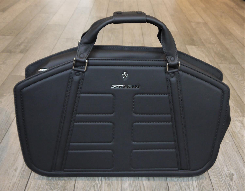 FERRARI 599GTB LUGGAGE SET BY SCHEDONI a beautiful four piece luggage by Schedoni for the Ferrari - Image 6 of 6
