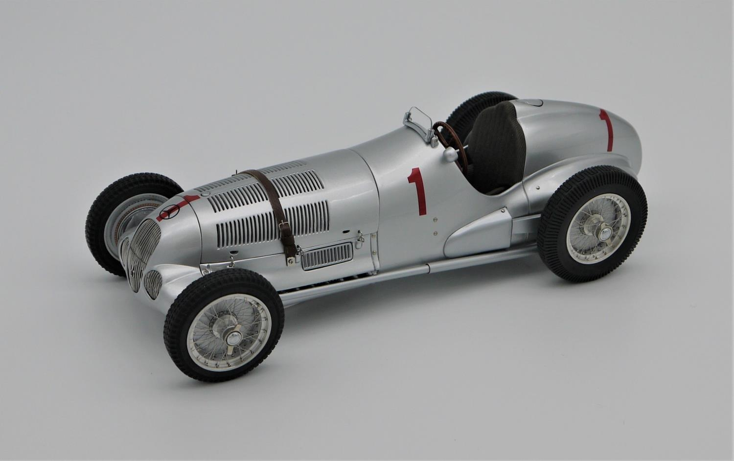 CMC MODELS 1:18 SCALE MODEL OF THE 1937 MERCEDES BENZ W125 NUMBER 1 GP DONINGTON ENTRANT (