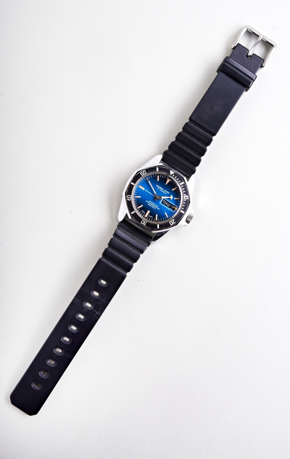 SICURA MARINE STAR AUTOMATIC STEEL 'DIVERS' WATCH, c1975, with rotating bezel, blue gradient dial - Image 2 of 3