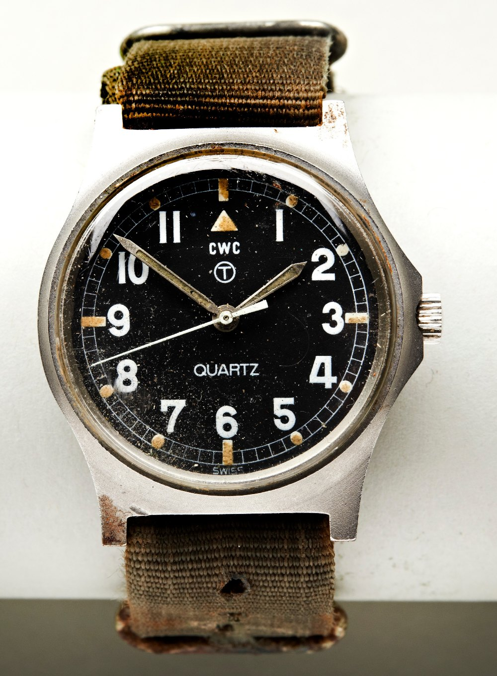 CWC 'FATBOY' MILITARY QUARTZ WATCH, c1980, with tritium dial, case backstamps with arrow and 6645-99