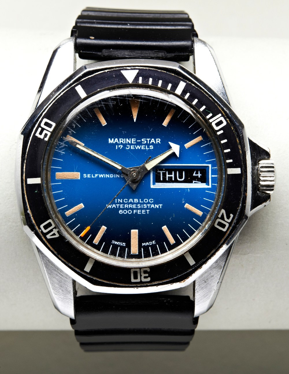 SICURA MARINE STAR AUTOMATIC STEEL 'DIVERS' WATCH, c1975, with rotating bezel, blue gradient dial