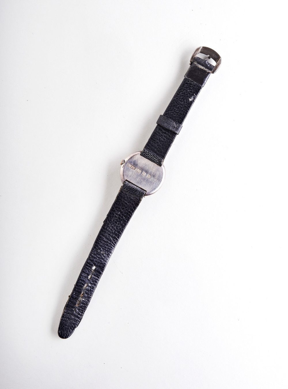 ROY KING SILVER MANUAL WIND UNISEX WRISTWATCH, the leaf effect dial with black signature the case - Image 3 of 3