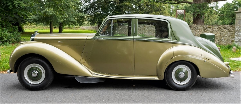 1954 BENTLEY R-TYPE 4½-LITRE SALOON Registration Number: 710 XVR Chassis Number: B292YD  Four speed - Image 8 of 22