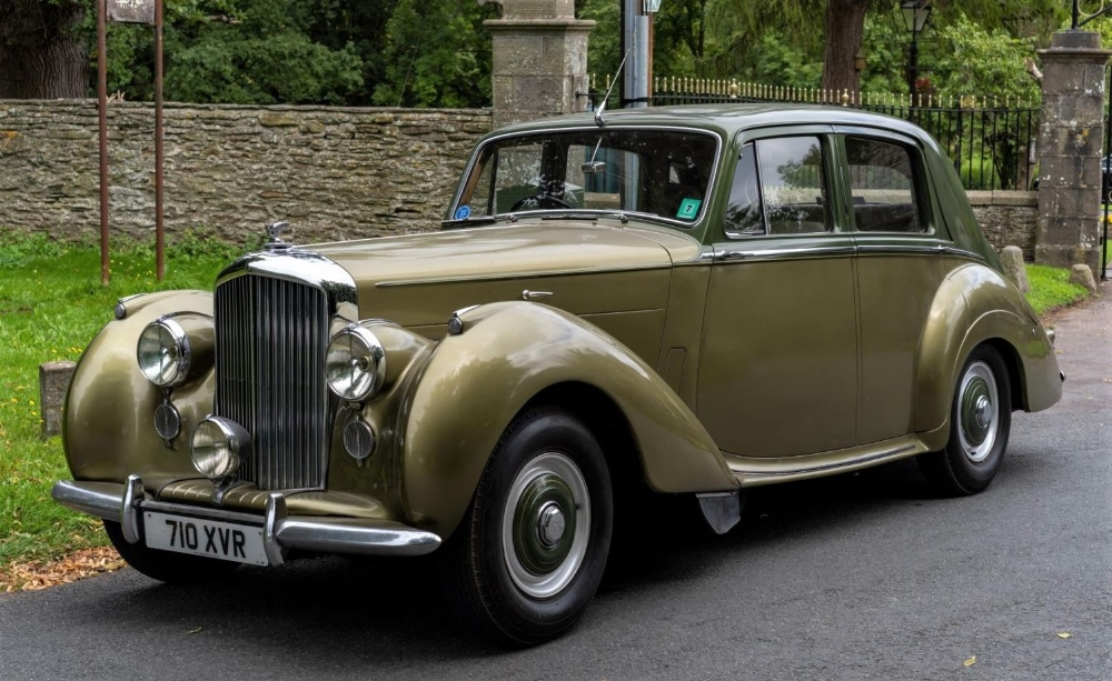 1954 BENTLEY R-TYPE 4½-LITRE SALOON Registration Number: 710 XVR Chassis Number: B292YD  Four speed