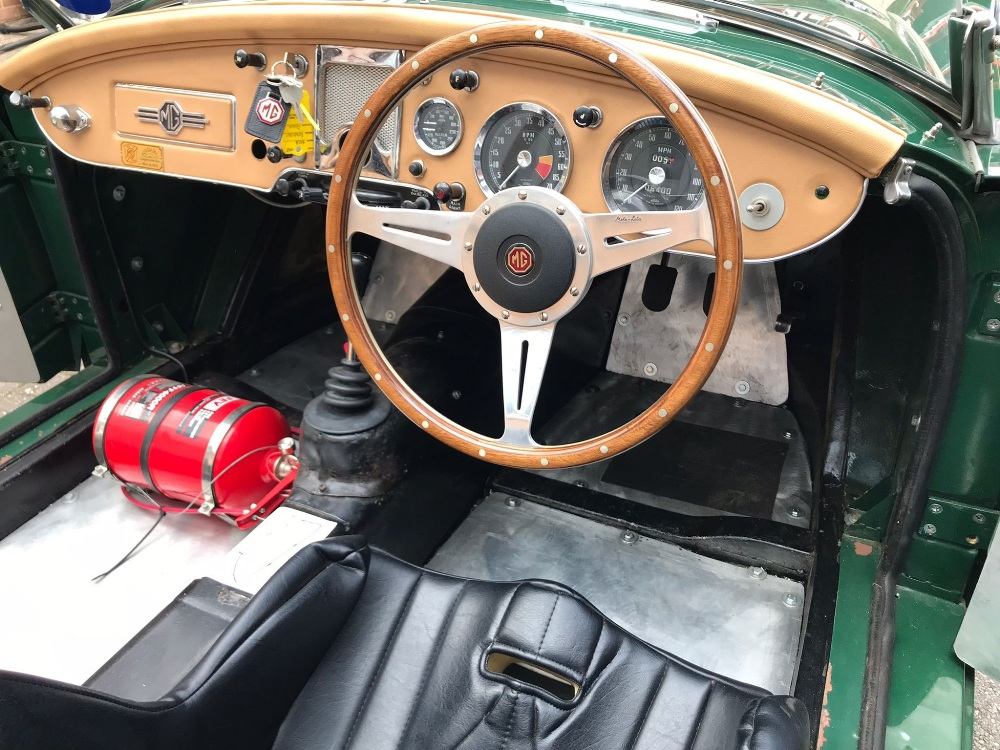 1958 MGA ROADSTER - CLASS WINNER OF LE MANS CLASSIC Registration Number: MSL 967 Chassis Number: - Image 7 of 9