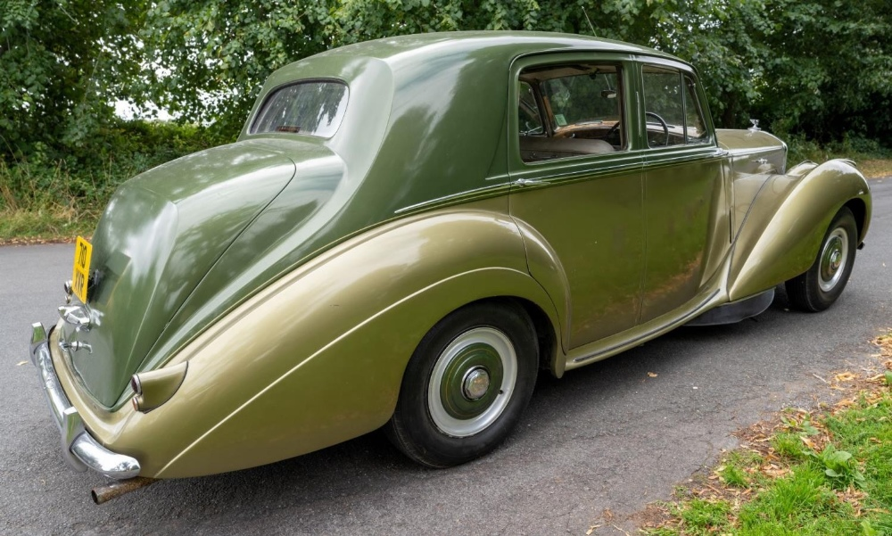 1954 BENTLEY R-TYPE 4½-LITRE SALOON Registration Number: 710 XVR Chassis Number: B292YD  Four speed - Image 6 of 22