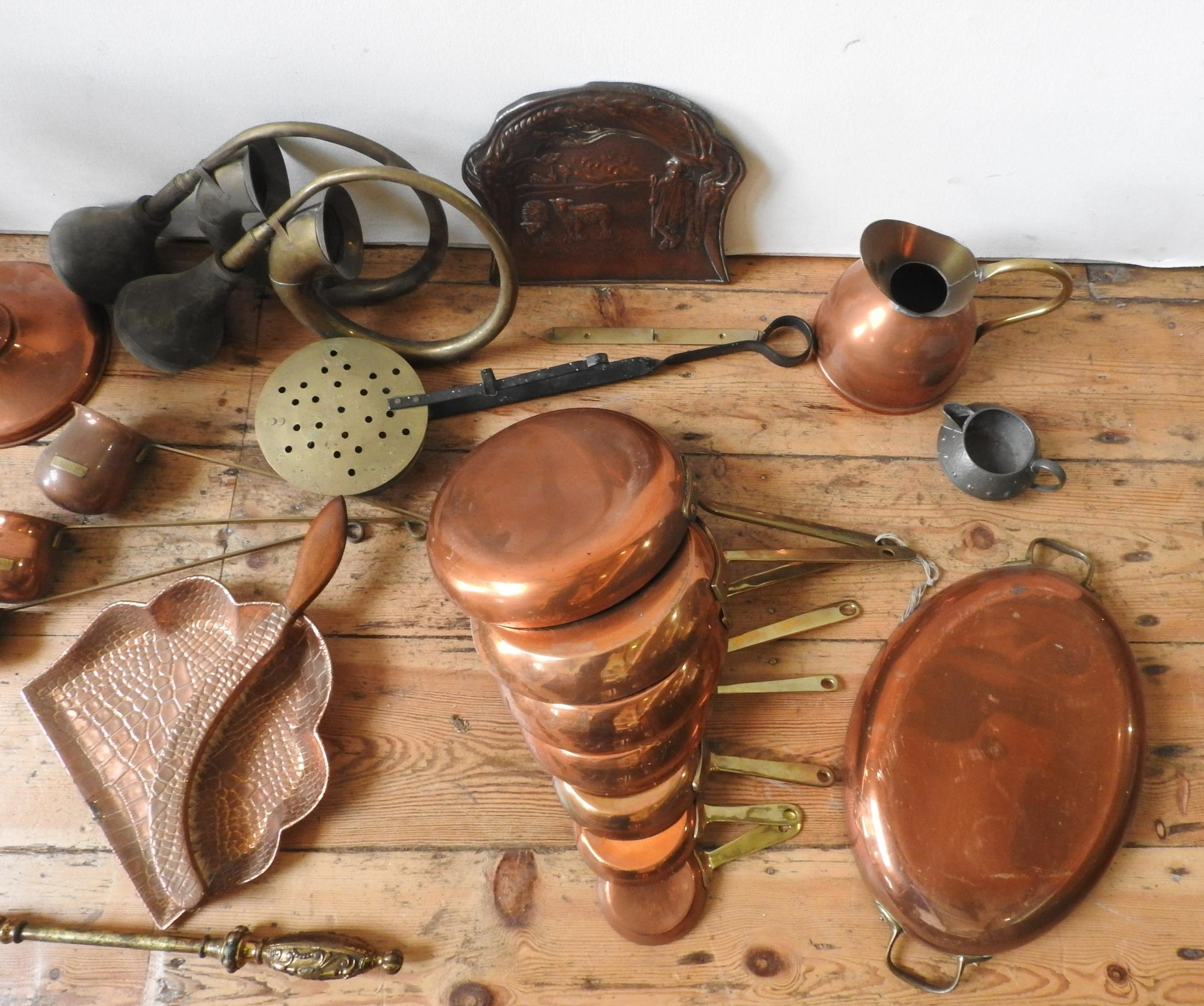 VICTORIAN COPPER KETTLE, SAMOVAR AND BRASS WARE, - Image 3 of 3