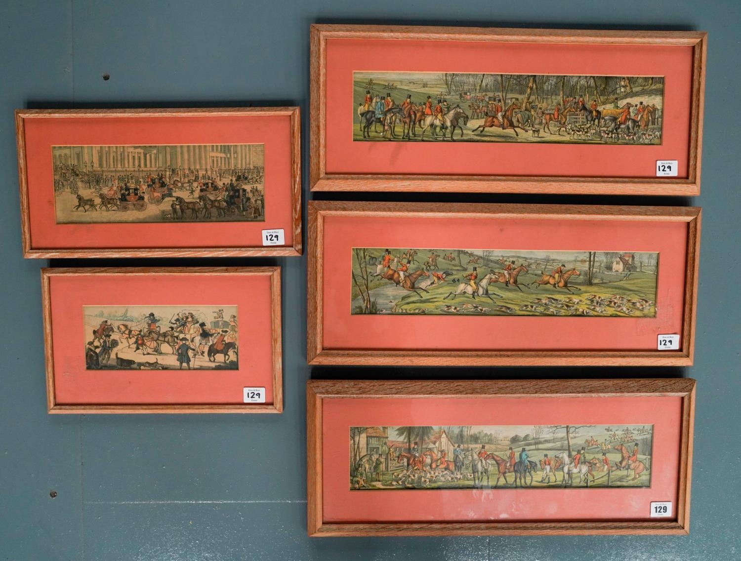 3 COLOUR LITHOGRAPHS OF HUNTING SCENES AND 2 COACHING SCENE LITHOGRAPHS, ALL IN LIMED OAK FRAMES 9cm