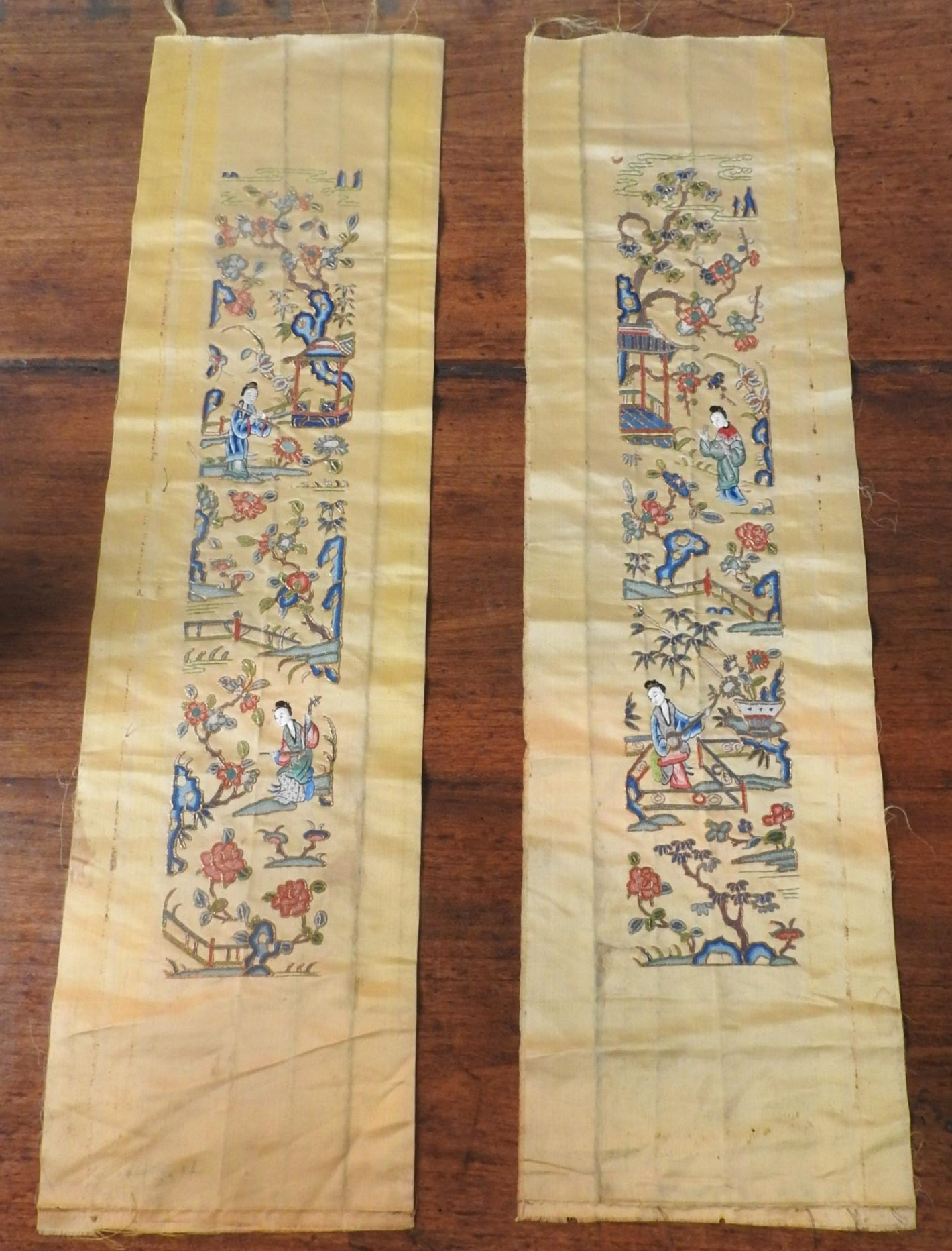 TWO GOLD COLOURED EMBROIDERED ORIENTAL SILK PANELS depicting geishas in pleasure garden, 70 x 19 - Image 3 of 3