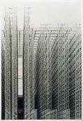 Boris Becker Köln 1961 - lebt in Köln Ohne Titel 1827. Farb. Photographie. 2001. 61 x 42 cm.