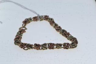 9ct bi-colour gold bracelet, circumference 185mm, 17.7 grams