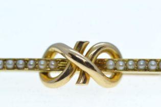15ct gold & seed pearl brooch, length 43mm, 2.76 grams