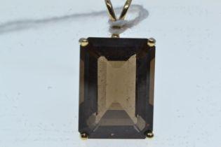 9ct gold & smokey quartz pendant, length including bale 29mm, 4.6 grams