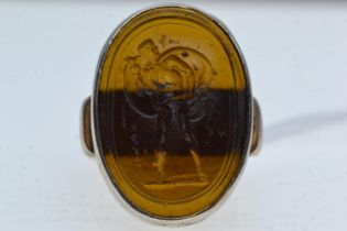White metal & intaglio ring, the brown oval panel depicting a classical figure of a man, size S
