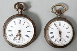 Zwei silberne Taschenuhren, ca. 1890-1900a) Gehäuse Silber 800, Rückdeckel guillochiert, gr