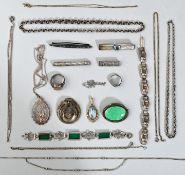 Konvolut Modeschmuck, Anf. 20. Jh.20 Teile: 8 Kettchen, meist Silber; Gliederarmband Silber,