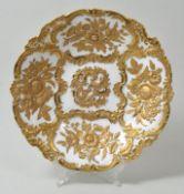 Prunkschale, Meissen, 1. H. 20. Jh.Porzellan, Reliefrocaillenrand, ganzflächig Reliefdekor B