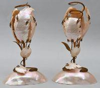 """Paar Leuchter in Kelchform gestaltet aus PerlmuttblätternPerlmutt, Messing """"Souvenir d. Oste"""