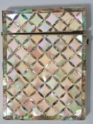 Perlmutt EtuiPerlmutt Sammlernummerierung auf der Unterseite, Zustand altersgemäß 10,5 x 8