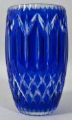 Vase, Frankreich, Cristallerie du Val St. Lambert (?), um 1940Kristallglas, blauer Überfang,