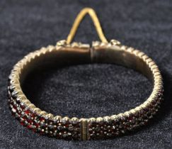 Armreif / Bracelet