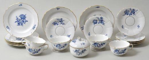 Kaffeeservice, Meissen, blaue Blume, 19 Teile / coffee set blue blossom