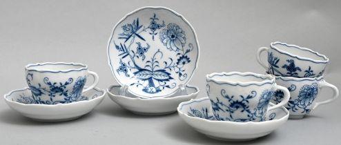 Mokkatassen mit UT, Meissen/ four cups with saucers