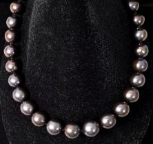 Tahiti-Zuchtperlen-Collier / Pearl necklace