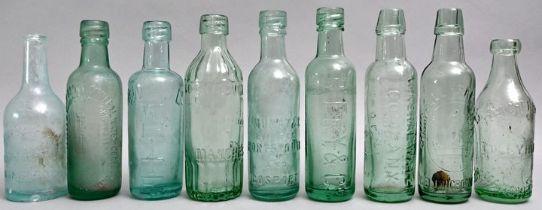 Konvolut von neun Wasserflaschen / Set of nine water bottles