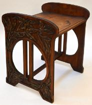 Jugendstil-Hocker / Art Nouveau stool