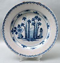 Fayenceteller / plate